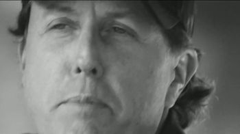 Callaway Chrome Soft TV Spot, 'Phil Shoots Straight' Featuring Phil Mickelson - Thumbnail 7