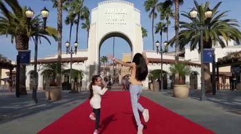 Universal Studios Hollywood TV Spot, 'Ven y acompáñanos' [Spanish] - Thumbnail 2