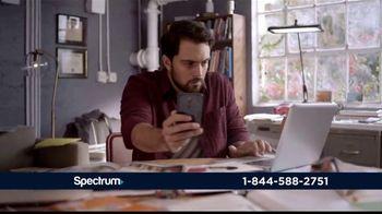 Spectrum Internet TV Spot, 'Así de rápido' con Gaby Espino [Spanish] - Thumbnail 7