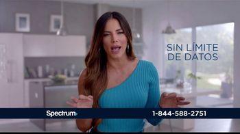 Spectrum Internet TV Spot, 'Así de rápido' con Gaby Espino [Spanish] - Thumbnail 8