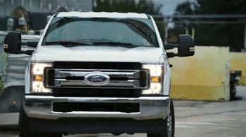 Ford Truck Month TV Spot, 'Dinero bien invertido' canción de The Score [Spanish] [T2] - Thumbnail 3