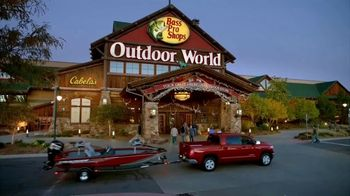 Bass Pro Shops Outdoor Authority Sale TV Spot, 'Ladies Shorts and Fishing Rods' - Thumbnail 1