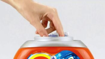Tide Pods Ultra Oxi TV Spot, 'In the Palm of Your Hand' - Thumbnail 1
