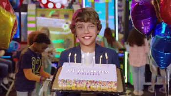 Chuck E. Cheese's All You Can Play Birthdays TV Spot, 'What's the Best Way to Birthday?' - Thumbnail 10