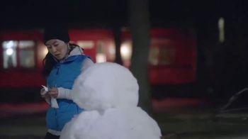 Kleenex Soothing Lotion Tissues TV Spot, 'Snowman' - Thumbnail 5