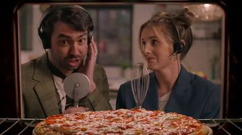 Papa Murphy's Pizza $10 Tuesdays TV Spot, 'Announcers' - Thumbnail 3