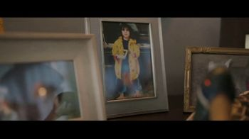 Redbox TV Spot, 'Watch the Redbox Bowl on NYE & Meet Yaki' - Thumbnail 2