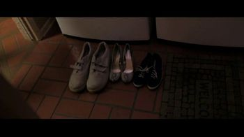 Redbox TV Spot, 'Watch the Redbox Bowl on NYE & Meet Yaki' - Thumbnail 7
