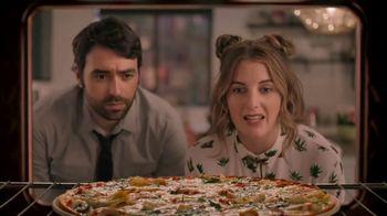 Papa Murphy's Chicken Bacon Artichoke Pizza TV Spot, 'Out on the Town' - Thumbnail 2