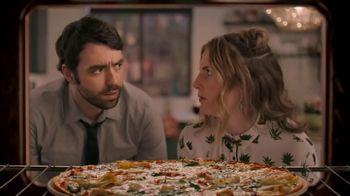 Papa Murphy's Chicken Bacon Artichoke Pizza TV Spot, 'Out on the Town'