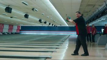 GEICO TV Spot, 'Bowling Alley' - Thumbnail 2