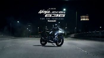 2019 Kawasaki Ninja ZX-6R TV Spot, 'For the Fearless' Featuring Jason Britton, Jonathan Rea - Thumbnail 10