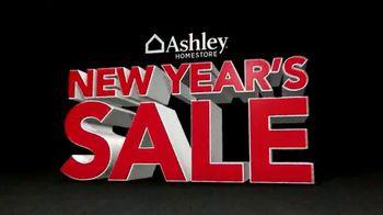Ashley HomeStore New Year's Sale TV Spot, 'It's Big' - Thumbnail 3