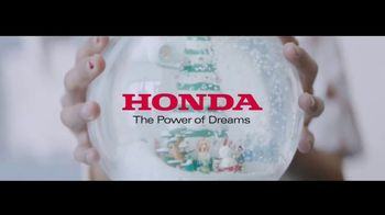 Honda TV Spot, 'The Magic Snow Globe' [T1] - Thumbnail 10