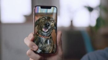 Spectrum Mobile TV Spot, 'Share Photos With the World: iPhone XS' - Thumbnail 3