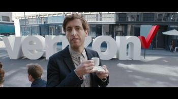 Verizon TV Spot, 'Awards: Chosen by Experts' Featuring Thomas Middleditch