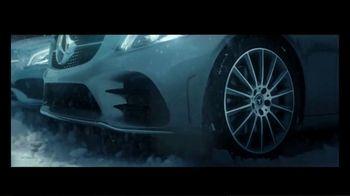 Mercedes-Benz Winter Event TV Spot, 'Holidays: Pit Stop' [T2] - Thumbnail 3