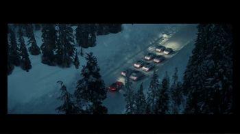 Mercedes-Benz Winter Event TV Spot, 'Holidays: Pit Stop' [T2] - Thumbnail 5