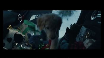 Mercedes-Benz Winter Event TV Spot, 'Holidays: Pit Stop' [T2] - Thumbnail 7