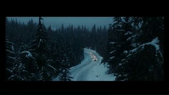 Mercedes-Benz Winter Event TV Spot, 'Holidays: Pit Stop' [T2] - Thumbnail 8