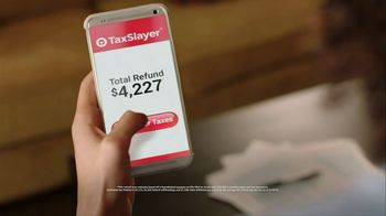 TaxSlayer.com TV Spot, 'Big Screen' - Thumbnail 2