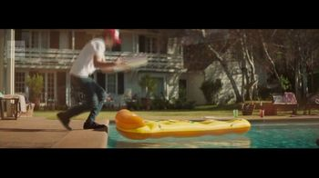 Wells Fargo Propel Card TV Spot, 'Pizza Party' Song by Danger Twins - Thumbnail 3
