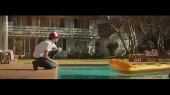 Wells Fargo Propel Card TV Spot, 'Pizza Party' Song by Danger Twins - Thumbnail 4