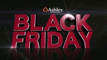 Ashley HomeStore Black Friday Mattress Savings TV Spot, 'Queen Mattresses' - Thumbnail 2