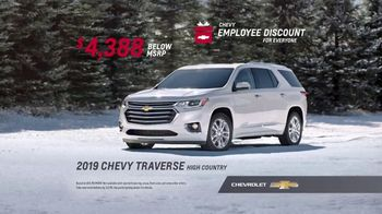 Chevrolet Employee Discount for Everyone Sales Event TV Spot, '2018 Holidays: Real Families' [T2] - Thumbnail 10