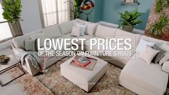 Macy's Lowest Prices of the Season TV Spot, 'Furniture and Rug Sets' - Thumbnail 2