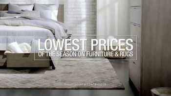 Macy's Lowest Prices of the Season TV Spot, 'Furniture and Rug Sets' - Thumbnail 3