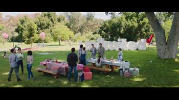 Verizon Unlimited TV Spot, 'Family Sunday: diferentes Unlimited' [Spanish] - Thumbnail 5