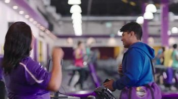 Planet Fitness The Big End of Year Sale TV Spot, 'Go at Your Own Pace' - Thumbnail 7