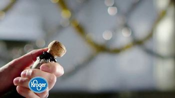 The Kroger Company TV Spot, '2018 Holidays: Making Spirits Bright' - Thumbnail 1