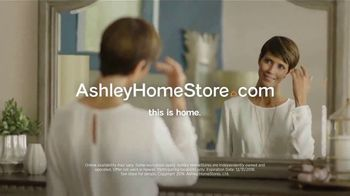 Ashley HomeStore New Year's Sale TV Spot, 'Sleigh Bed' - Thumbnail 8