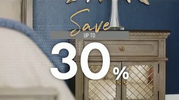 Ashley HomeStore New Year's Sale TV Spot, 'Sleigh Bed' - Thumbnail 4