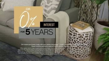 Ashley HomeStore New Year's Sale TV Spot, 'Shop 'Til the Ball Drops: New Account' - Thumbnail 7