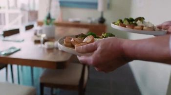 Blue Apron TV Spot, 'Our Compliments to Every Chef' - Thumbnail 8