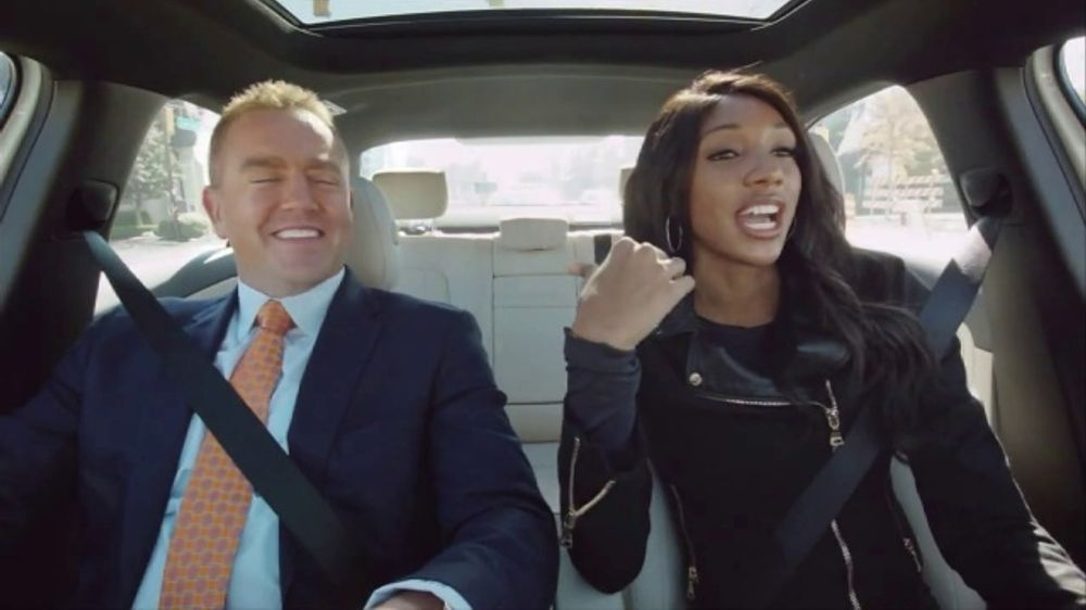 Mercedes-Benz TV Commercial, 'ESPN: A Different Kind of Rankings' Ft. Maria Taylor, Kirk Herbstreit