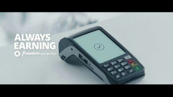 Chase Freedom Unlimited Card TV Spot, 'Always Earning at the Electronics Store' Featuring Kevin Hart - Thumbnail 10