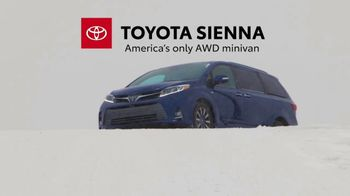 2019 Toyota Sienna TV Spot, 'Uphill in the Snow' [T2] - Thumbnail 8