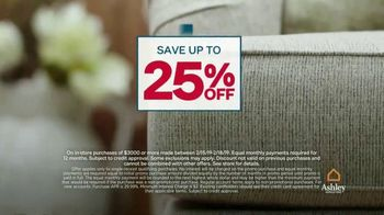 Ashley HomeStore Presidents Day Sale TV Spot, 'Four Days Only: Sofa' - Thumbnail 4