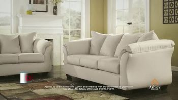 Ashley HomeStore Presidents Day Sale TV Spot, 'Four Days Only: Sofa' - Thumbnail 6