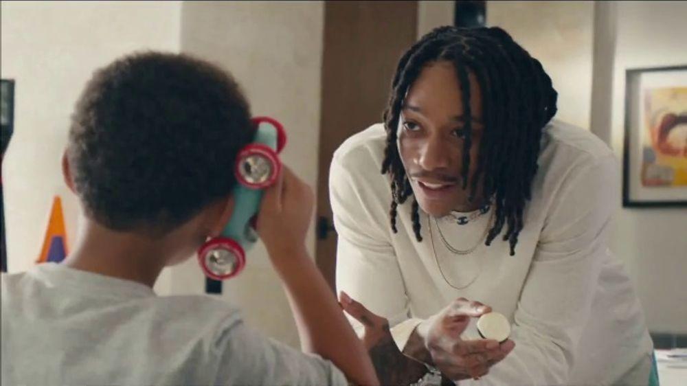 Oreo TV Spot, Stay Playful Featuring Wiz Khalifa - Screenshot 3
