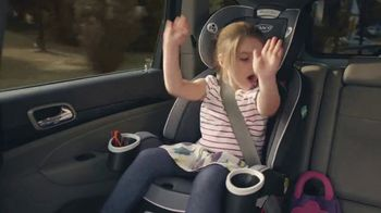 Graco 4Ever Extend2Fit Car Seat TV Spot, 'Growing Up' - Thumbnail 4