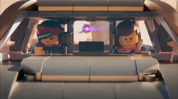2019 Chevrolet Silverado TV Spot, 'The LEGO Movie 2: The Second Part: Getaway' [T1] - Thumbnail 5