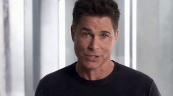 Atkins Protein Wafer Crisps TV Spot, 'Huge News' Featuring Rob Lowe - Thumbnail 5