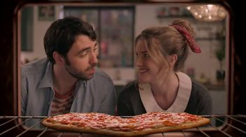 Papa Murphy\'s HeartBaker Pizza TV Spot, \'2019 Valentine\'s Day: Something More Comfortable\'
