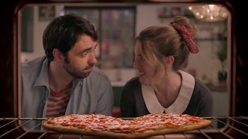Papa Murphy's HeartBaker Pizza TV Spot, '2019 Valentine's Day: Something More Comfortable' - Thumbnail 3
