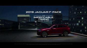 Jaguar Impeccable Timing Sales Event TV Spot, 'Heart of Jaguar: Nighttime' Song by LookLA [T1] - Thumbnail 9